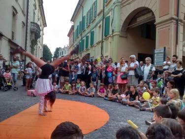 street show