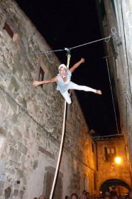 medioevo nel borgo aerial rope